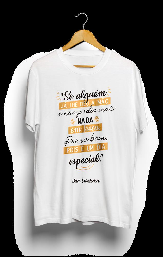 Foto do produto Camiseta Dia Especial | Branca/Amarelo
