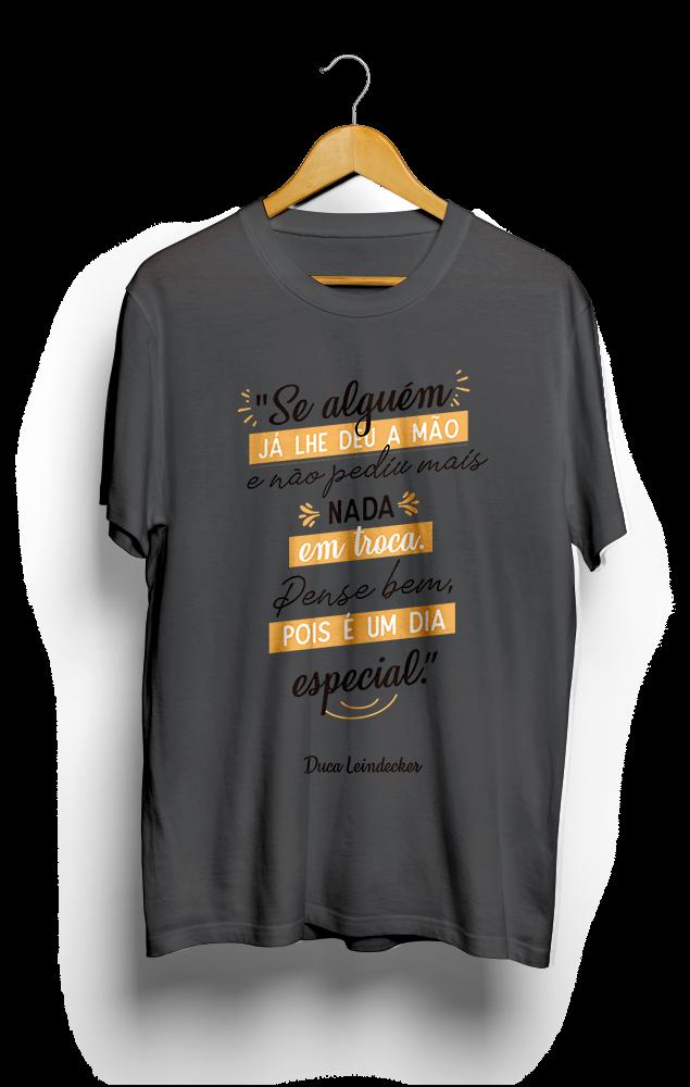 Foto do produto Camiseta Dia Especial | Cinza Chumbo